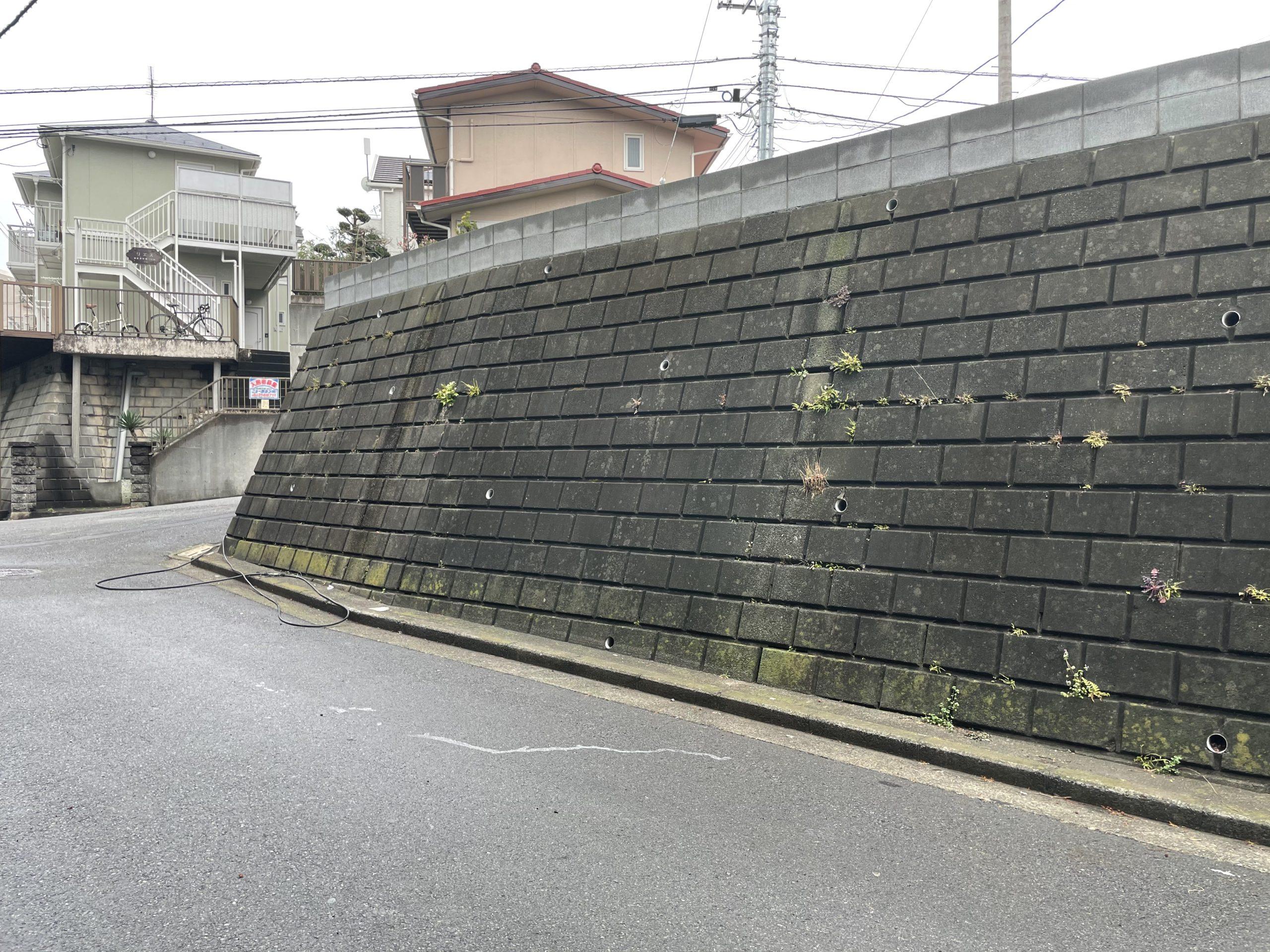 神奈川県横浜市旭区 間知石塗装工事